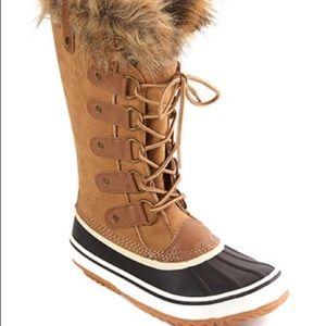 Esprit Edith duck winter boots faux fur size 9